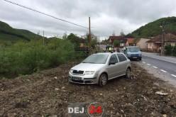 ACCIDENT în Dej. La un pas să ajungă cu mașina în vale – FOTO/VIDEO