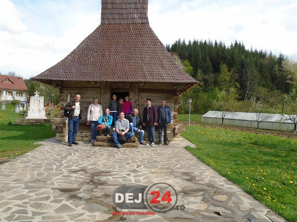 Turisti Franthousiasme vizita Chiuiesti (3)