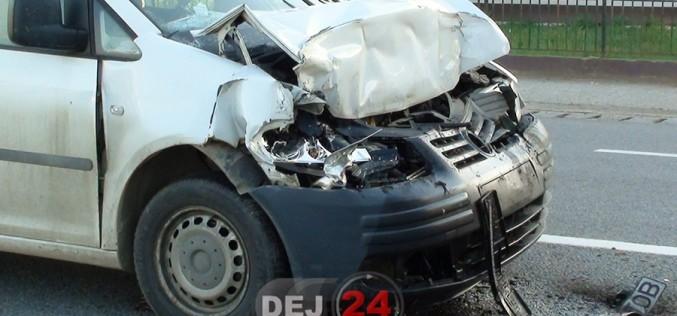 Accident în Nima. Un autovehicul S-A IZBIT de un AUTOCAR – FOTO/VIDEO