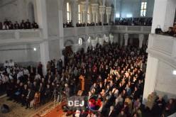 Maestrul Ioan Bocșa, concert de colinde în incinta unei biserici din Dej