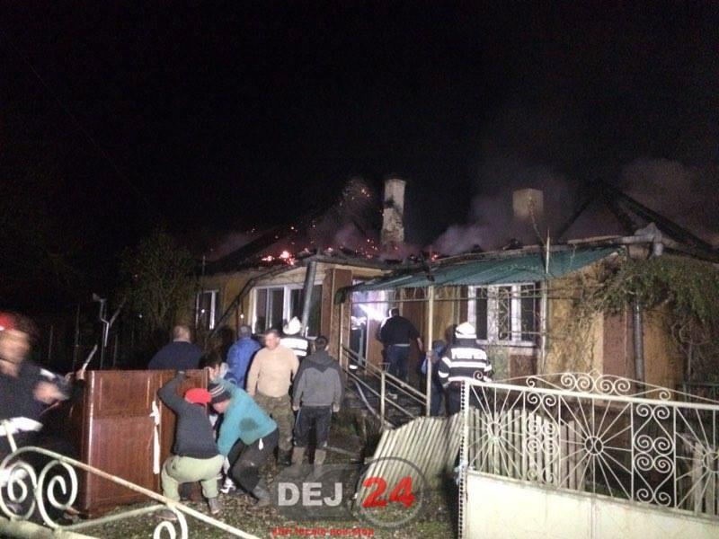 incendiu casa sanmarghita acoperis (2)