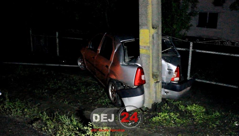 Accident Iclod masina in stalp (1)