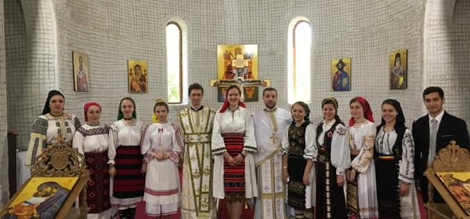 """Grupul vocal Oremus, ieri, în Parohia """"Sfântul Ierarh Nectarie"""" din Dej – FOTO"""