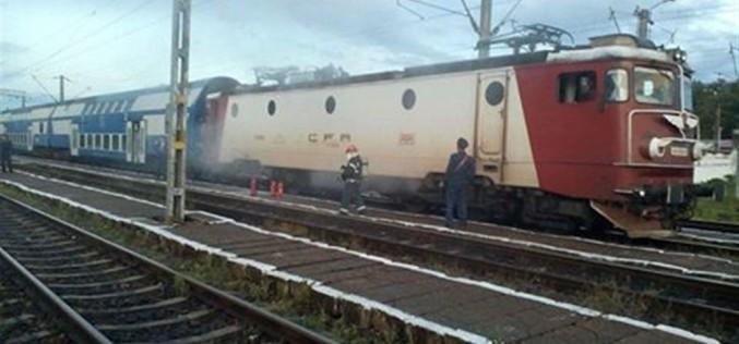 Locomotiva unui tren a luat foc, în apropiere de Cluj!