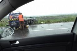 GRAV ACCIDENT în județul Cluj! Trei persoane și-au pierdut viața – FOTO