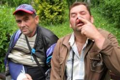Doi bărbați din Nireș, stâlciți în bătaie de niște mafioți români – FOTO