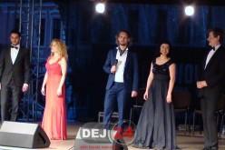 PENTRU PRIMA DATĂ. Concert de operă în aer liber, aseară, la Dej – FOTO/VIDEO