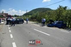 ACCIDENT în Dej! A vrut să întoarcă în mijlocul drumului și a fost izbit în plin – FOTO/VIDEO