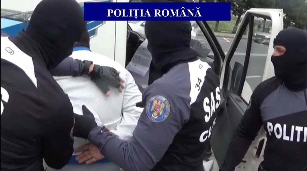flagrant retinut arest politisti