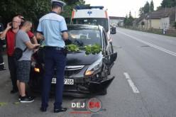 ACCIDENT pe strada 1 Mai din Dej! Un TIR a acroșat un autoturism – FOTO/VIDEO
