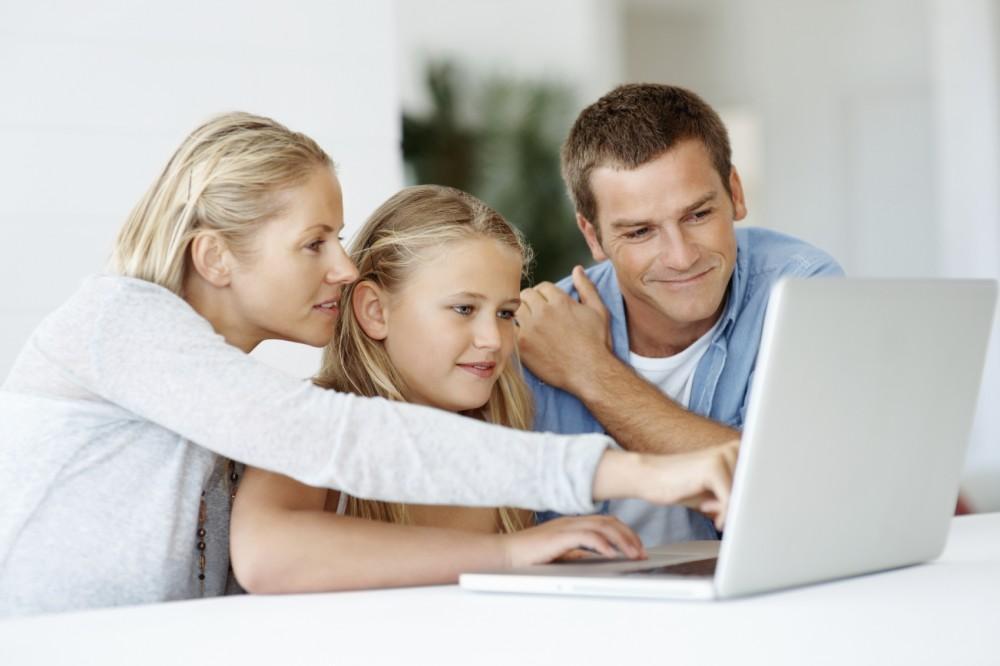 copil copii parinti concediu maternal paternal tata mama familie