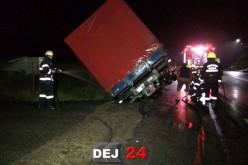 Pompierii din Dej, intervenție la miezul nopții pe centura municipiului Gherla – FOTO/VIDEO