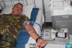 Acțiune umanitară! Peste 60 de militari din Dej au donat astăzi sânge – FOTO