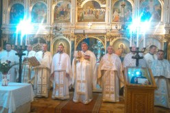 """Parohia ortodoxă """"Sfinții Arhangheli Mihail și Gavriil"""" din Dej și-a sărbătorit hramul – FOTO"""