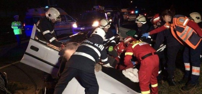 ACCIDENT TRAGIC pe centură la Gherla! O femeie a DECEDAT, doi tineri SE ZBAT între viață și moarte – FOTO/VIDEO
