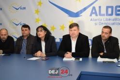 Vicențiu Știr și-a prezentat echipa și proiectele ALDE pentru alegerile parlamentare, în prezența Steluței Cătăniciu – FOTO/VIDEO (E)