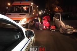 Tineri căzuți pe jos, pe o stradă din Dej. Se suspicionează că au consumat substanțe halucinogene – FOTO/VIDEO
