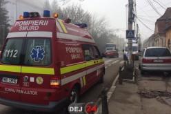 Elevi ai unei școli din Gherla, transportați de urgență la spital cu stări de greață și amețeli!  – FOTO/VIDEO
