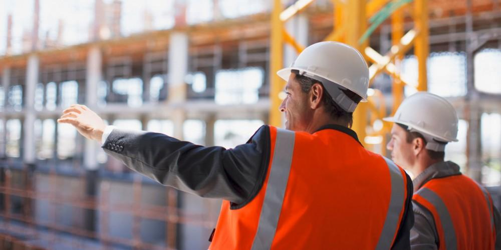 muncitori-munca-fabrica-constructii