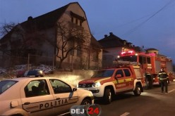 La un pas de TRAGEDIE! Coșul de fum al unei case din Dej a luat FOC! – FOTO