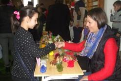 """Școala Gimnazială """"Mihai Eminescu"""" din Dej a găzduit ieri un expo-târg de Crăciun – FOTO"""