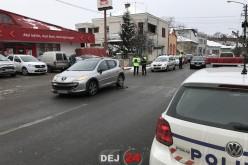 ACCIDENT în Dej! Un pieton neatent a fost acroșat de un autoturism – FOTO
