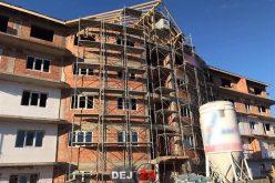 ACCIDENT de muncă în Dej! Un muncitor a căzut de la înălțime – FOTO/VIDEO