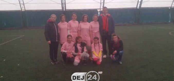 Echipa de fotbal feminin a Școlii Gimnaziale Cășeiu, locul I la faza județeană a Olimpiadei Gimnaziilor – FOTO