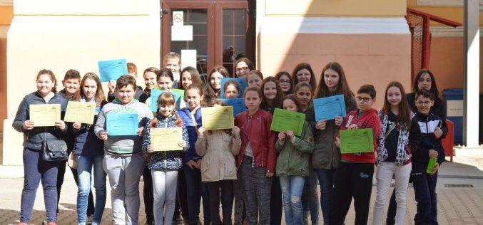 """Activitate inedită a elevilor, la Colegiul Național """"Andrei Mureșanu"""" din Dej – FOTO"""