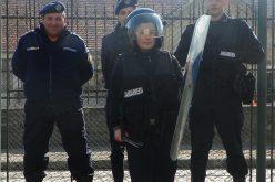 Școala Altfel | Jandarmii clujeni, prezenți în incinta unei unități de învățământ din Dej – FOTO