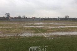 Meciul Comuna Recea – FC Unirea Dej, AMÂNAT! Terenul E GROAZNIC! – FOTO