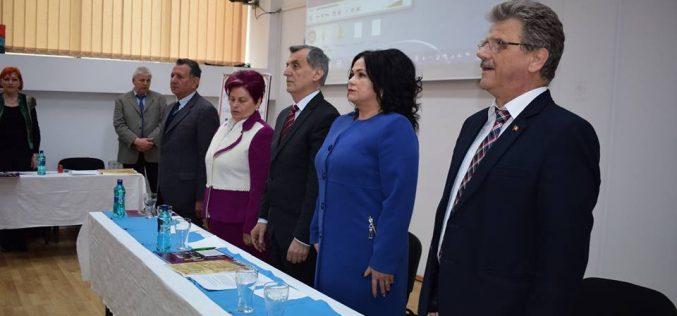 """ASTRA Dej a lansat sâmbătă proiectul """"Tineri la Tribuna ASTRA"""". Au conferențiat doi doctoranzi ai UBB Cluj – FOTO"""