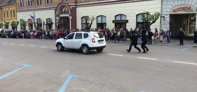 Ziua Jandarmeriei Ardelene, marcată cu focuri de armă la Dej – FOTO/VIDEO