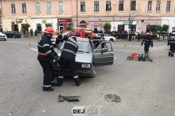 Drifturi, accidente și o mașină incendiată în Dej. Demonstrațiile, puse în scenă de IPJ Cluj – FOTO/VIDEO