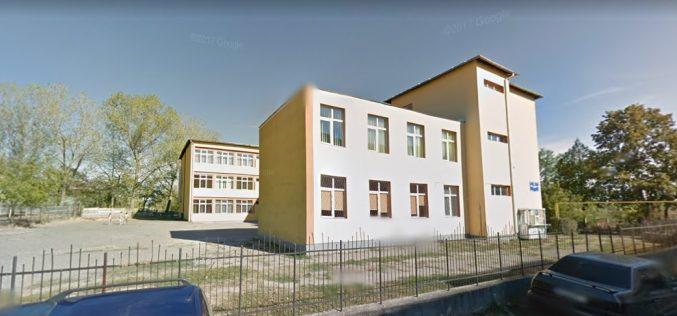 """Primăria Dej dorește construirea unei săli de sport în incinta Școlii Gimnaziale """"Avram Iancu"""""""