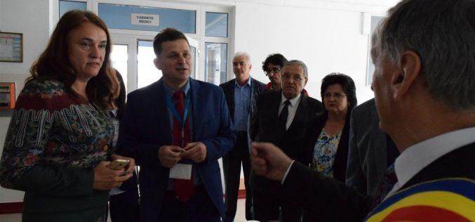 Spitalul Municipal Dej și-a deschis astăzi porțile, cu ocazia împlinirii a 155 de ani de la înființare – FOTO/VIDEO