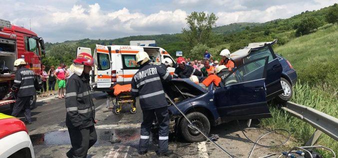 ACCIDENT GRAV la ieșire din Câțcău – Un bărbat se zbate între viață și moarte – FOTO/VIDEO