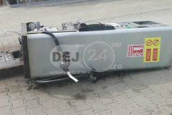 Gherla – A lovit cu mașina o pompă din benzinărie și s-a făcut nevăzut – FOTO