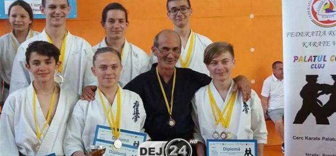Rezultate remarcabile pentru sportivii CS Dinamic Dojo Dej, la Cupa Palatului Copiilor Karate WUKF Cluj-Napoca – FOTO