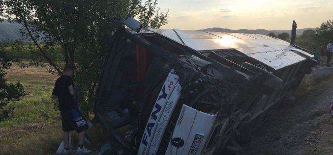 """Cine este șoferul autocarului implicat în accident lângă Dej. """"Un om cu simțul responsabilității"""" – FOTO"""