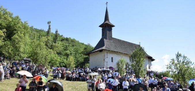 """Mănăstirea """"Ștefan Vodă"""" de la Vad își sărbătorește săptămâna viitoare hramul"""
