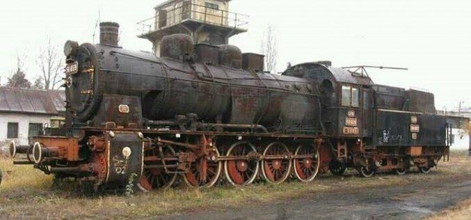 Intrarea în Dej, O RUȘINE! O locomotivă veche așteaptă să fie amplasată în zona OMV