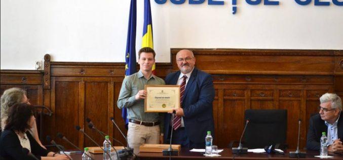 Vlad Racolța, elevul de 10 din Dej, premiat de prefectul Clujului – FOTO