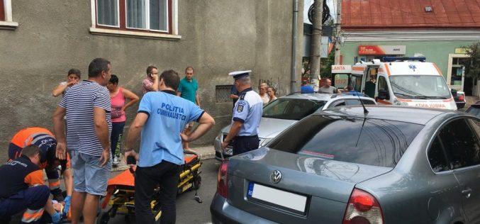 """ACCIDENT în Dej! Pieton """"bine parfumat"""", IZBIT ÎN PLIN de un autoturism – FOTO/VIDEO"""