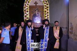 Noapte de rugăciune la Mănăstirea Nicula, pentru zeci de mii de pelerini – FOTO/VIDEO
