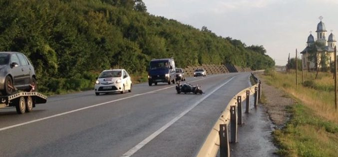 ACCIDENT pe centură la Gherla! Motociclist rănit GRAV după ce a căzut pe șosea – FOTO