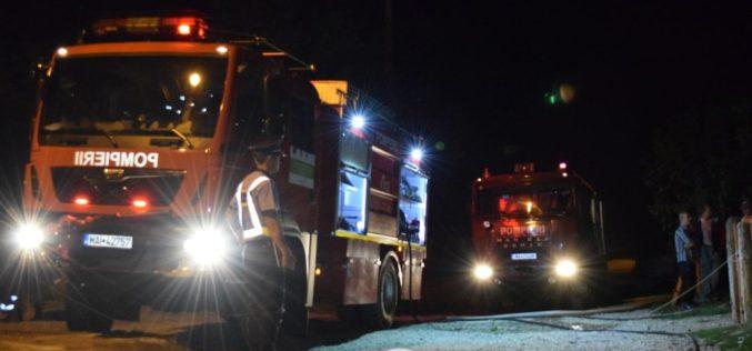 Casă lovită de fulger în Dâmbu Mare! Au intervenit pompierii din Dej